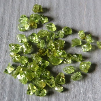 Olivine drilled fractions, 50 pcs