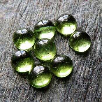 Olivine natural cabochon 5 mm, B type 1pc